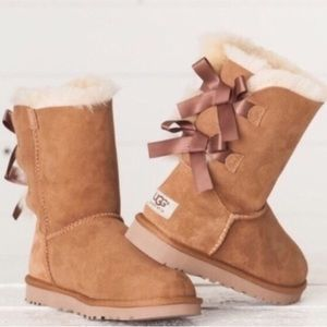 Ugg Bailey Bow Chestnut Suede Boots